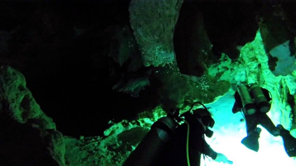 Mexico Adventures: Diving Grand Cenote