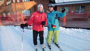 Как тормозить и контролировать скорость на лыжах «в плуге»